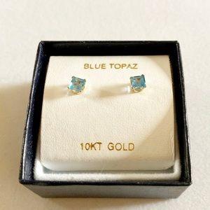New 10 Kt Gold Blue Topaz Pierced Earrings